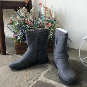 Brand New Grey Boots!